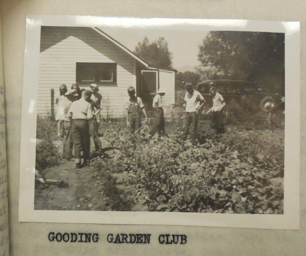 Annual report photo 1942 2 crop